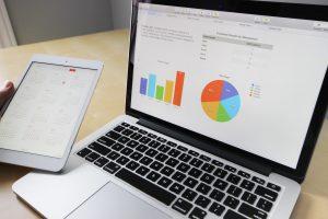 finance-chart-on-laptop